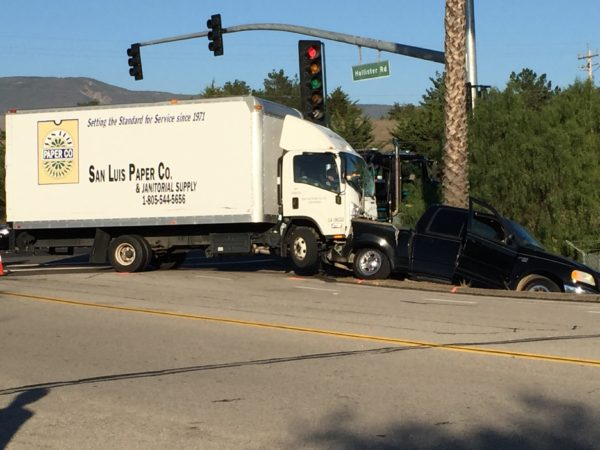 Fatal crash in front of Cuesta College