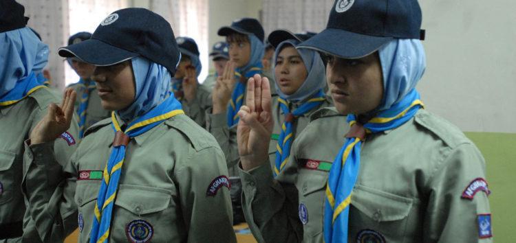 Boy Scouts to admit girls into program